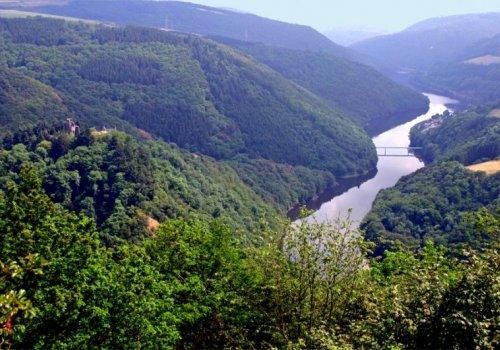 Wie zeigt sich die Eifel in ihrem geologischen Unterbau?
