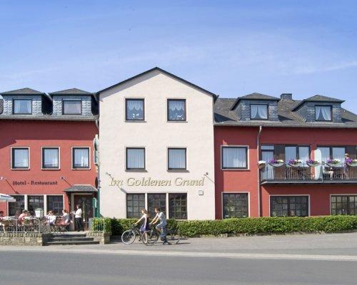"""Hotel-Restaurant """"Im Goldenen Grund"""" in Körperich"""